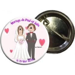 Badge de mariage avec cœurs